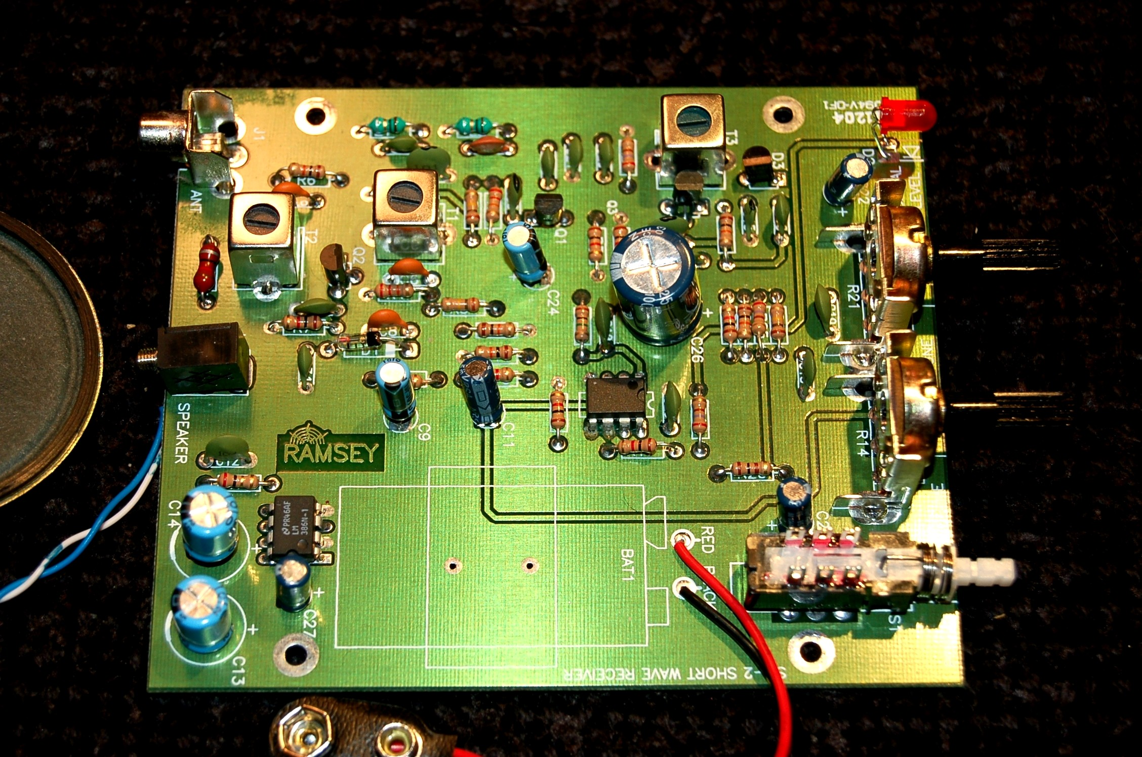 Kit Building Https Signal Booster Short Wave Radio Electronics Project In 1918 Armstrong Developed The Superhetrodyne Receiver That Incorporated First Local Oscillator And Intermediate Frequency Modules